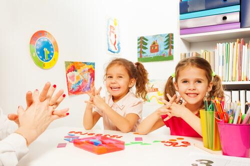 Развивающие занятия помогут раскрыть способности ваших детей, позволят им стать более уверенными в себе