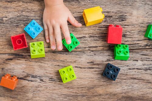 Конструкторы - отличные развивающие игрушки