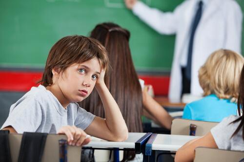 При обучении гиперактивных детей обычно возникает много сложностей